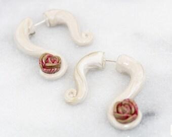 Tannish-Gold Swirly Fake Gauges, Pink/Gold Rose Inset