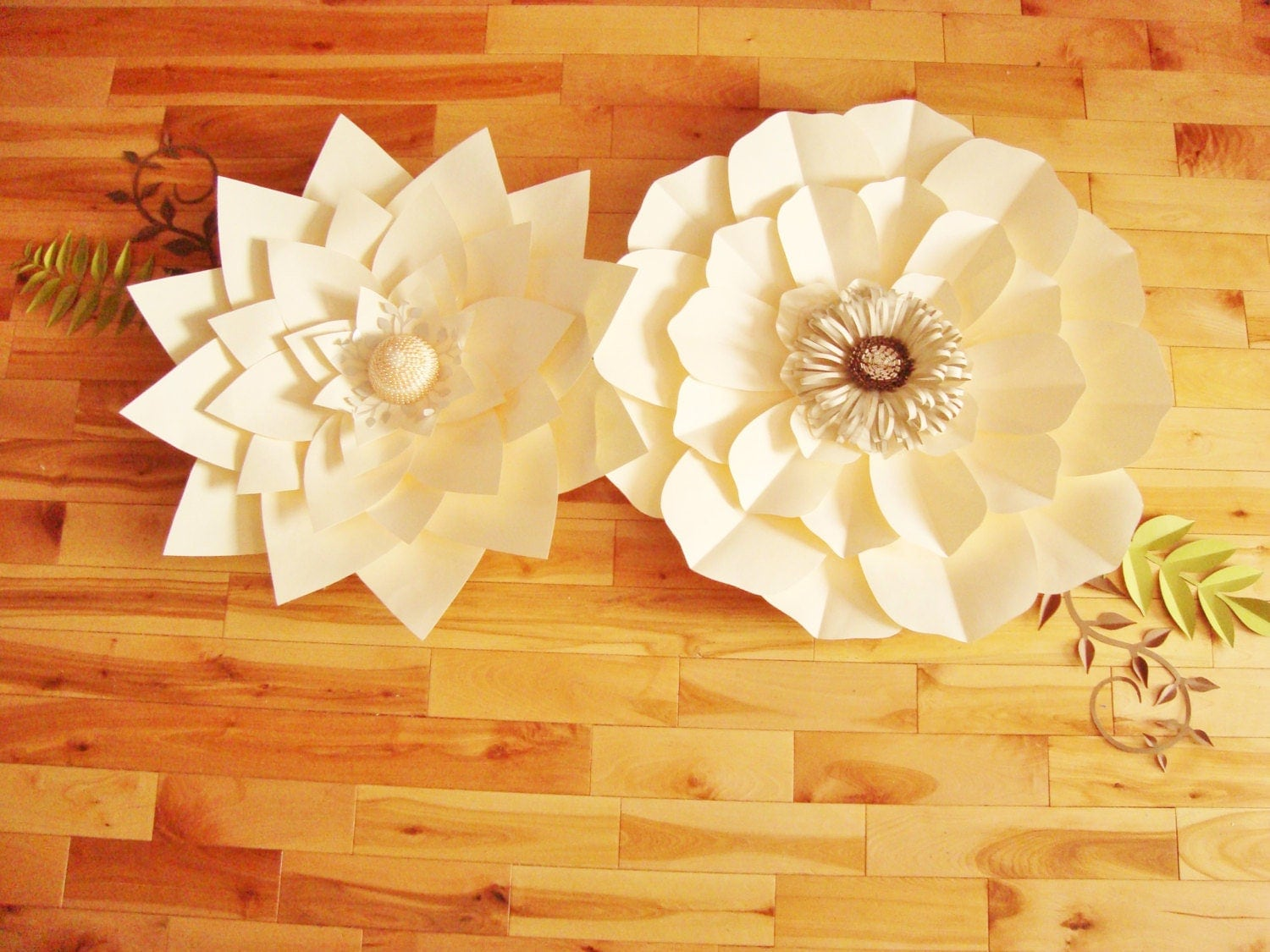 Cool Paper Flower Decoration On Wall Gallery - The Wall Art ...