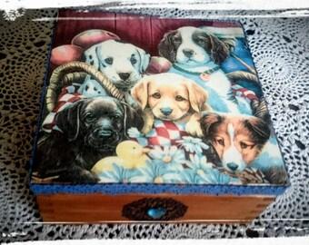 Dogs-wooden box,Jewellery box,Keepsake box,Trinket box,Tea bags box,Gift for dogs lovers,Bespoke box,Hand decorated box,Decoupaged box