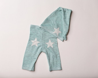 """Newborn Boy Pants and Hat Set - """"Dylan""""   in green newborn pants and hat. Stars, pink and white, newborn photo prop, baby girl outfit"""