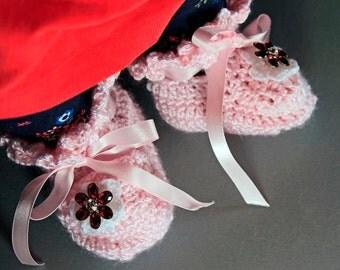 Pink Baby Booties, Crochet, Baby Girl's Booties, Handmade, Infant Booties, 0-3 months,  Ribbon Ties, Baby Shower Gift