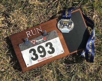 Runners Bib and Medal Holder - Bib Holder - Running Medal Holder - Runners Bib Holder - Runners Medal Holder - Running Bib Holder