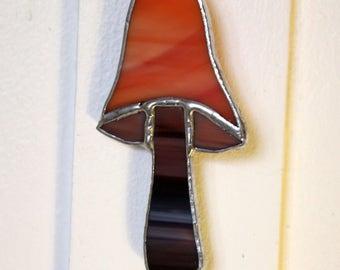 Mini glass toadstool ornament