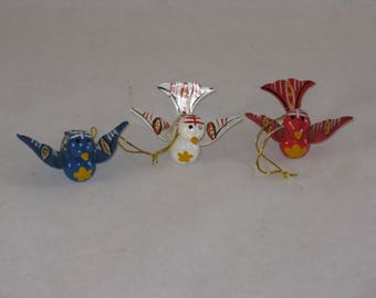 Set of 3 hand painted wood bird ornaments Christmas vintage