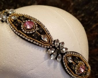 Headband jewels on black base elastic back