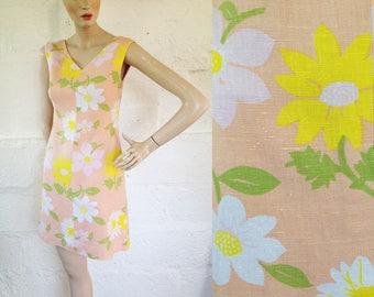 1960s Peachy Keen Flower Print Shift Dress / 60s Mini Dress / Vintage Summer Dress / SIZE UK 8
