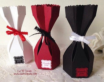 Red Wedding Favors Black Wedding Favors White Wedding Favors Wedding Favor Boxes Hourglass Favor Boxes 25 included