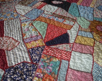 Beautiful 1930's Vintage Crazy Patchwork Quilt - '30's Original Aunt Grace Cotton Fabric Patchwork Blanket Stitch Hand Sewn Patchwork Quilt