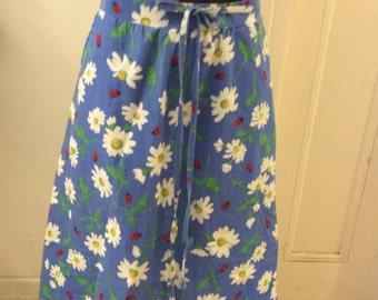 Vintage 70 Blue Lady Bug Daisy Floral Cotton Wrap Skirt Pockets Sz US 4 6 Aus  8 10