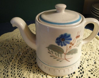 Stangl Blue Daisy Pottery Tea/Coffee Pot With Lid, Hand Painted , 3 Cup