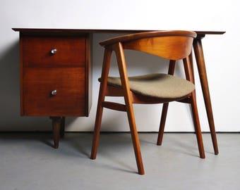Original Mid-Century Paul McCobb Desk for Planner Group