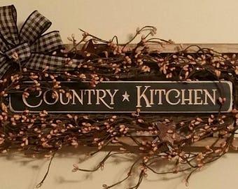 Primitive Decor Country Kitchen Ladder Black ~ Tan Berries Rusty stars