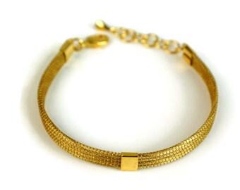 Wire work cuff bracelet, Handcrafted Cuff Bracelet, Handwoven Cuff, Delicate cuff, eco friendly, nature bracelet, nature cuff