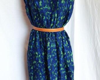 Dress, Navy-Blue, pleated Sun, made by dressmaker, T en 42/44, US 33, UK 14/16.