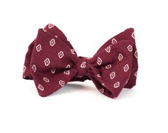 Harvard - Bow Tie