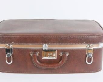 Ventura Suitcase, Retro 1960's 1970's Suitcase, Vintage Working Combination Lock, Retro Luggage, Mid Sized Luggage