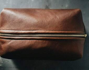 Kodiak Leather Dopp Bag / Toiletry Bag / Travel Bag / Shaving Kit Bag / Leather Bag / Accessories Bag / Men's Gift / Groomsmen Gift