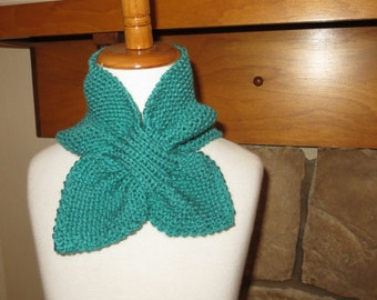 "Knitted Ascot  ""The Dolly"""