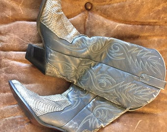 Gray Leather and Snake Skin Cowgirl Cowboy Western Boots Acme 1980's