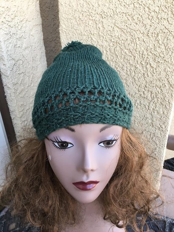 A Traveler's Beanie  --  a loom knit pattern