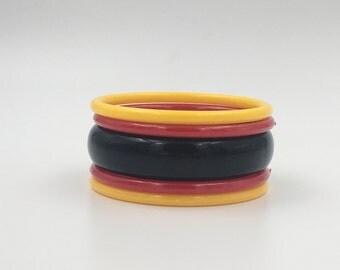 Plastic Bangles, Black Yellow Red Bangle Bracelets, Retro Accessories, Vintage Bracelets, Vintage Plastic Bangles - Plastic 1940s Colors