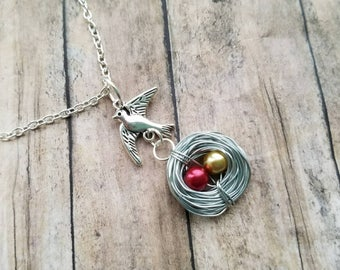 Bird and nest necklace, bird necklace, mothers necklace, bird nest necklace, expectant mom necklace, bird necklace, gift for mom, gift mom