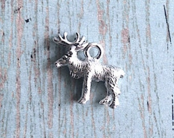 Moose charm 3D silver plated pewter (1 piece) - silver moose pendant, Alaska charm, forest charm, Canada charm, woodland charm, P8