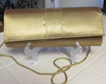 Beautiful Vinage Gold Satin Clutch Purse