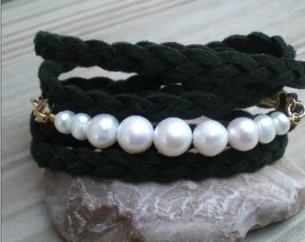 Real pearl wrap bracelet, Black and white bracelet, Wide bracelet, Braided wrap bracelets, Pearl bracelet, Classic bracelet for women