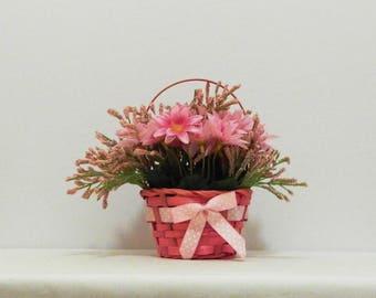 Centerpiece, Floral Arrangement, Mother's Day Gift, Spring Flowers, Spring Flower Basket, Spring Decor, Easter Decor, Easter Flowers