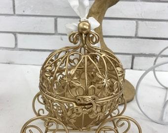 Cinderella Gold Carriage- centerpiece cinderella carriage wedding- quinceanera- Baby shower gold metal Cinderella Carriage centerpiece