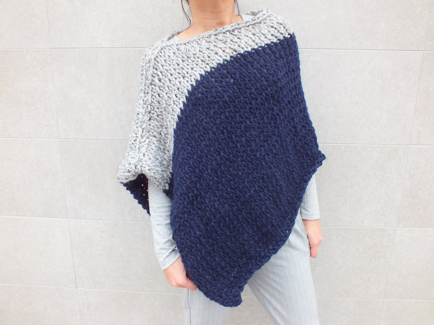 Beginner Knitting Poncho : Pattern poncho knitting patterns for ponchos easy to knit