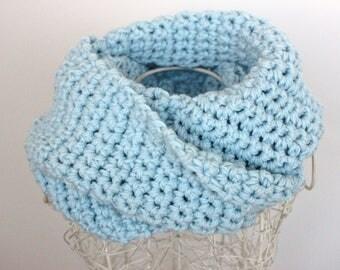 Sky Blue Infinity Scarf Chunky Blue Scarf Pure Wool Cowl Pure Wool Scarf Baby Blue Light Blue Chunky Cowl Chunky Scarf Blue Cowl