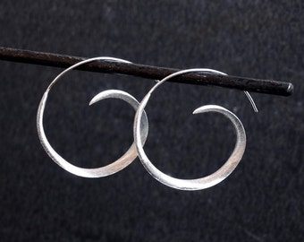 Silver Hoop Earrings, Silver Hoops, Swirl Hoop Earrings, Modern Earrings, Minimal Earrings, Sterling Silver Earrings, 925