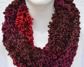 Loop Hoseschal Loopschal Scarf berry red brown violet knitted