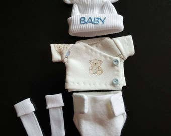 Diaper set for 6 inch baby