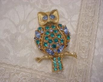 Rhinestone Crystal OWL Gold-tone Pin Brooch   ~ Gorgeous!