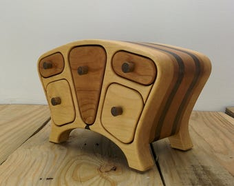 CHAMELEON WOODEN BOX, flip the drawers to change the colors! - jewelry box - bandsaw box - anniversary gift - Original design by Simon Roy