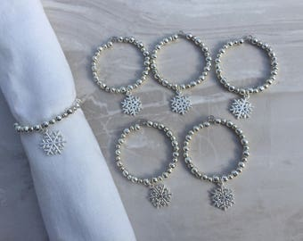 Silver Snowflake Christmas napkin rings, serviette rings, beaded napkin rings, napkin rings, table ware, dinner party, dining room