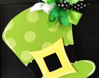St. Patrick's Day Hat Door Hanger, St Patrick's Day Wreath, St Patricks Day Decor, Door Decoration, Leprechaun Hat Door Hanger