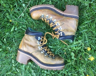 vintage 90's PEGABO chunky leather roper  hiking boots // rustic grunge babe woodsy athletic