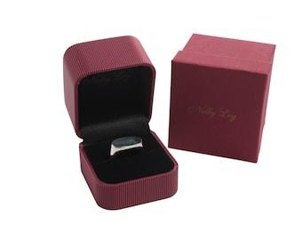 Landscape oval silver signet ring