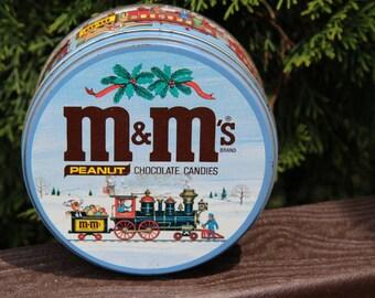 Vintage M&Ms Peanuts Chocolate Candies Tin holidays