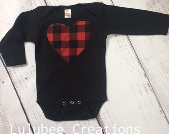 12-18 Buffalo plaid baby onesie, buffalo plaid baby, long sleeved black baby onesie, buffalo plaid heart, buffalo plaid Valentine's baby