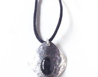 Navajo Onyx Necklace, One of a Kind, Sterling Silver Pendant, Native  Jewelry ,Antique Silver, Vintage Necklace, Silver Onyx Pendant
