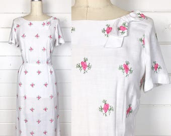 Vintage 1950s Pink Floral Embroidered Linen Day Dress / Bow Neckline / Made by Korell / Wiggle Dress