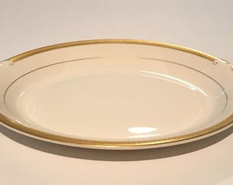 Old Ivory Bracelet Oval Serving Platter By Syracuse China