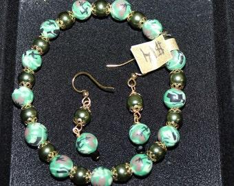 Camo Green Bracelet/Earring Set