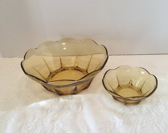 Anchor Hocking Chip and Dip ~Swedish Modern ~ Gold color ~ Scalloped Edge ~ Two Pc Set ~Vintage