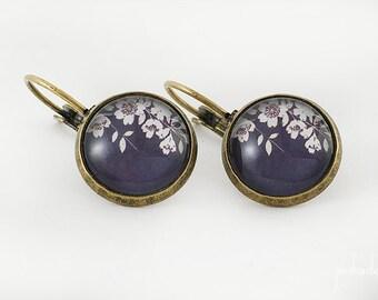 Earrings black Japanese print with sakura cherry flowers >> Valentine's Day gift for girl